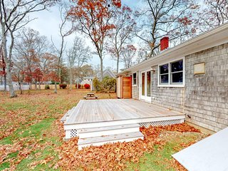 NEW LISTING! Dog-friendly house w/fenced backyard & deck - walk to beaches