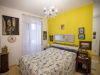 Cozy apartment in the center of Omiš with Parking, Internet, Washing machine, Ai