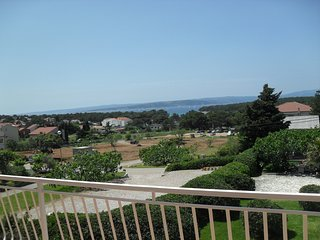 Spacious apartment in the center of Punat with Parking, Internet, Air conditioni