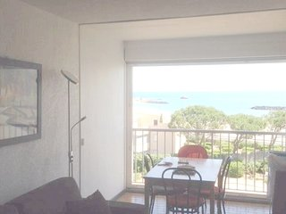 Cosy studio in Sète with Parking, Garden
