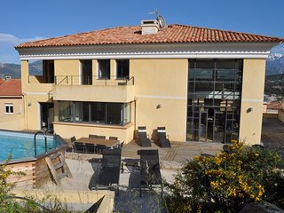 Spacious villa in the center of Calvi with Lift, Parking, Washing machine, Air c