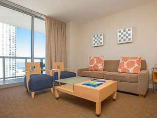 Cozy apartment in the center of Sunny Isles Beach with Lift, Internet, Washing m