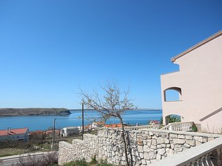 Spacious apartment in the center of Rtina with Parking, Internet, Air conditioni