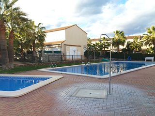 Cozy house in Oropesa del Mar with Parking, Internet, Washing machine, Pool
