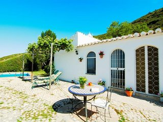 Cozy villa in Antequera with Washing machine, Pool, Garden, Terrace