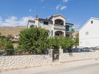 Cozy apartment in the center of Grebaštica with Parking, Internet, Air condition