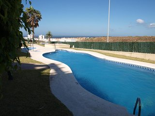 Spacious apartment in Tarifa with Lift, Internet, Washing machine, Pool