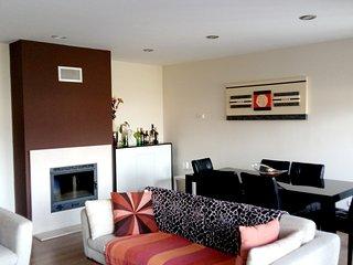 Spacious apartment very close to the centre of Castanheira do Ribatejo with Lift