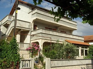 Cozy apartment in the center of Vodice with Parking, Internet, Air conditioning,