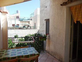 Spacious apartment in the center of San Vito Lo Capo with Parking, Internet, Was