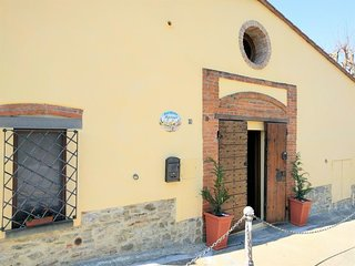 Spacious apartment in the center of Arezzo with Internet, Washing machine, Air c
