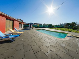 Spacious house in Cantanhede with Parking, Internet, Washing machine, Pool