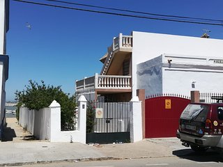 Cozy apartment right near the 'Playa de Bonanza' in Sanlúcar de Barrameda with P