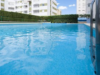 Spacious apartment in the center of Grau i Platja with Lift, Parking, Washing ma