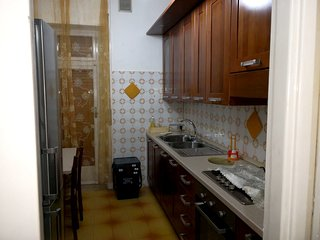 Spacious apartment close to the center of Lecce with Parking, Washing machine, A