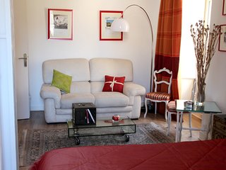 Cozy apartment in the center of Vannes with Parking, Internet