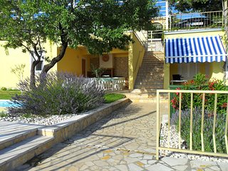 Cozy apartment in the center of Senj with Parking, Internet, Air conditioning, P