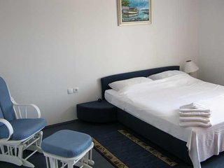 Cozy apartment in the center of Slano with Parking, Internet, Air conditioning,