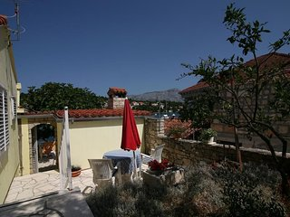 Cozy apartment in the center of Lumbarda with Parking, Internet, Washing machine