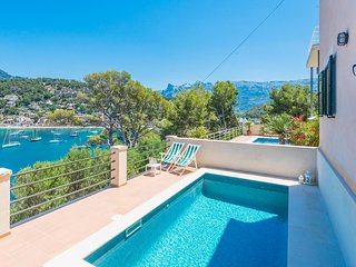 Spacious villa a short walk away (172 m) from the 'Playa d'En Repic' in Sóller w