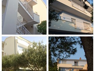 Spacious apartment very close to the centre of Tisno with Parking, Internet, Air