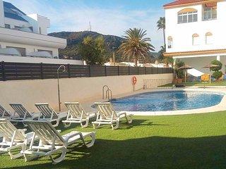 Spacious apartment a short walk away (300 m) from the 'Playa de Zahara de los At