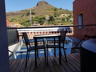 Spacious house in Vega de San Mateo with Parking, Internet, Washing machine, Air