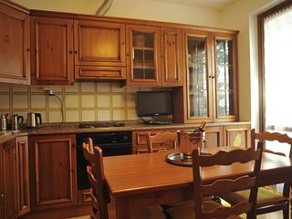 Cozy apartment very close to the centre of Bellagio with Parking, Internet, Air