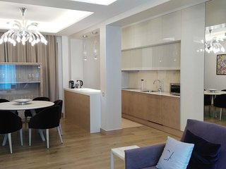 Spacious apartment in the center of Platja d'Aro with Lift, Washing machine, Air