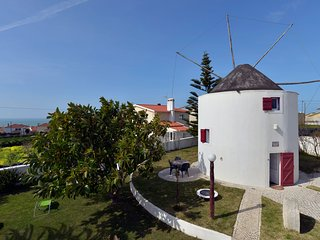 Spacious apartment close to the center of Santo Isidoro with Internet, Pool, Ter