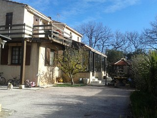 Cozy apartment in the center of La Garde with Parking, Internet, Washing machine