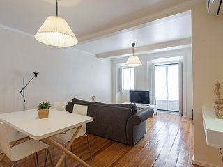 Spacious apartment in the center of Lisbon with Internet, Air conditioning