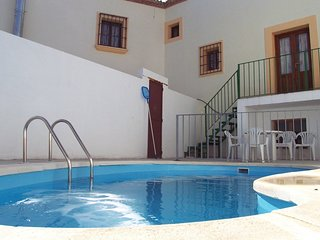 Cozy villa in Priego de Córdoba with Parking, Washing machine, Air conditioning,