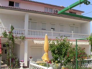 Spacious apartment in the center of Palit with Parking, Internet, Air conditioni