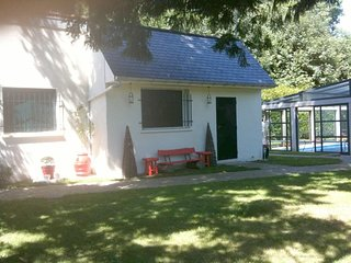 Cozy house close to the center of Belloy-en-France with Parking, Internet, Washi