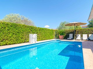 Spacious villa in Sa Rapita with Washing machine, Air conditioning, Pool, Terrac