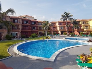 Cozy apartment in Breña Baja with Parking, Internet, Washing machine, Pool