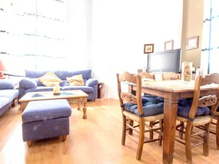 Spacious apartment in the center of Las Palmas de Gran Canaria with Internet, Wa