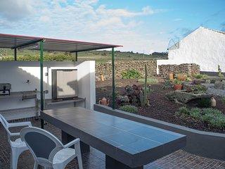 Spacious house in S Mateus Da Calheta with Parking, Internet, Washing machine, B