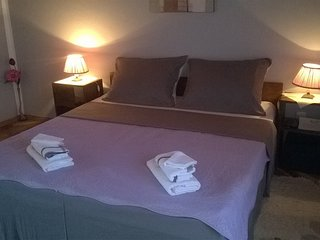 Cozy apartment in the center of Jezera with Parking, Internet, Air conditioning,