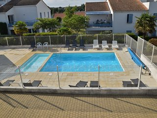 Cozy house in the center of Vaux-sur-Mer with Parking, Internet, Washing machine