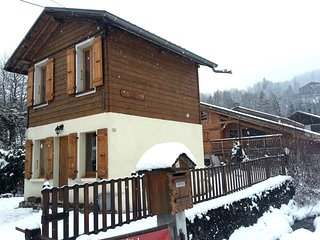 Cozy house in the center of Samoens with Internet, Terrace