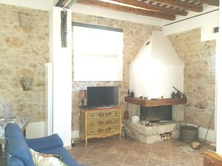 Spacious house in the center of Salemi with Parking, Internet, Washing machine,