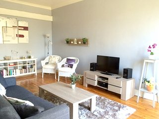 Spacious apartment in the center of Neris-les-Bains with Lift, Parking, Internet