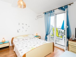 Cozy apartment in Babino Polje with Parking, Washing machine, Air conditioning,