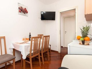 Cozy apartment in Split with Internet, Washing machine, Air conditioning, Terrac