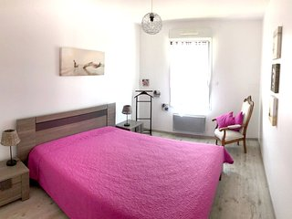 Cozy apartment very close to the centre of Concarneau with Parking, Internet, Wa