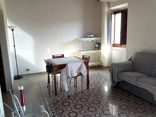 Spacious apartment in the center of Castelfranco Piandiscò with Parking, Washing
