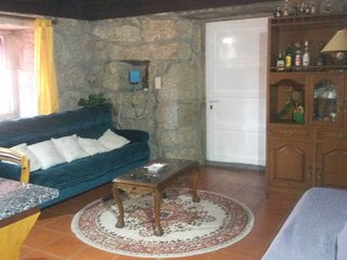 Cozy house in the center of Paços de Ferreira with Parking, Washing machine, Ter