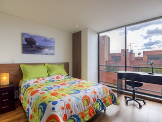 Cozy apartment in Bogotá with Lift, Parking, Internet, Washing machine